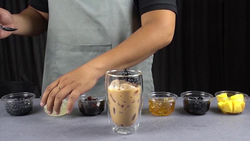 Pha nước trà