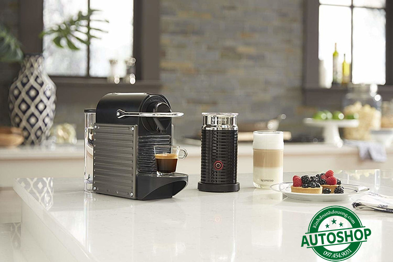 Nespresso Pixie by DeLonghi