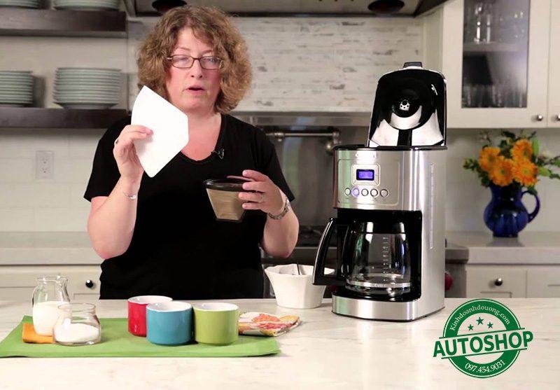 Cuisinart DCC-3200 14-Cup