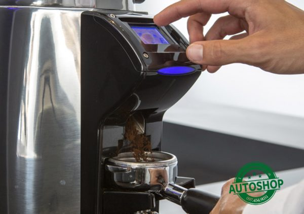 bảng-điều-khiển-máy-xay-cafe-la-cimbali-magnum-on-demand