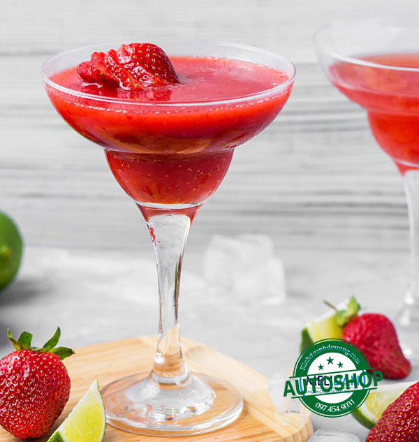 17-strawberry-daiquiri-recipes