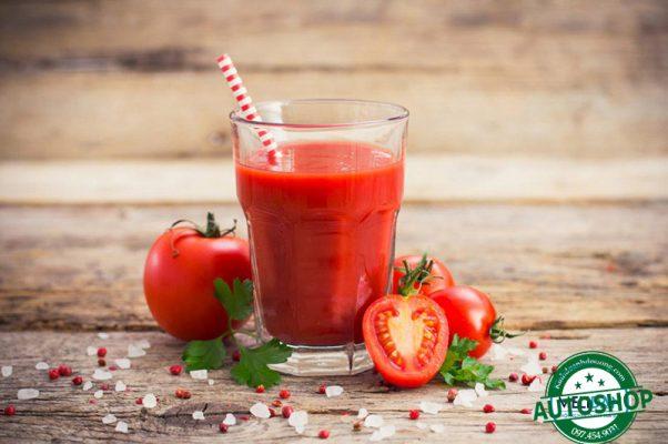 làm-sinh-tố-cà-chua
